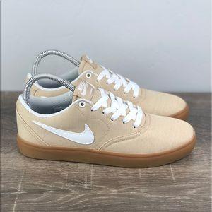 NEW Nike SB check Solar